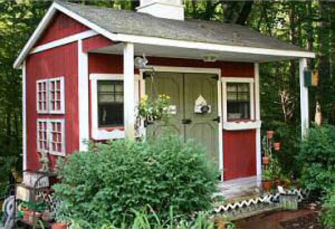 custom-trimmed-garden-shed-w-cupola2